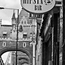 Hipsta Bar - Tower Bridge, London by Aaron Holloway