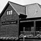 Old Salt Quay Pub in Rotherhithe by Aaron Holloway