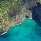 Sea Caves - Na Pali Coast by kcy011