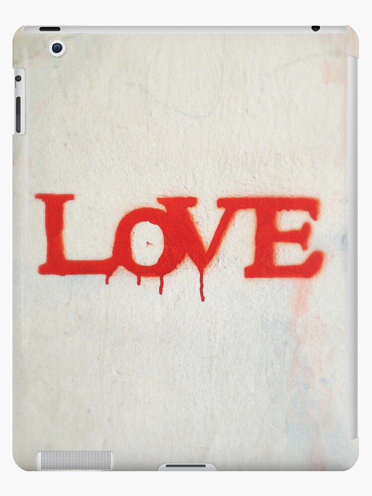 Love by eyeshoot