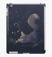 Firefly Fox - Grey iPad Case/Skin