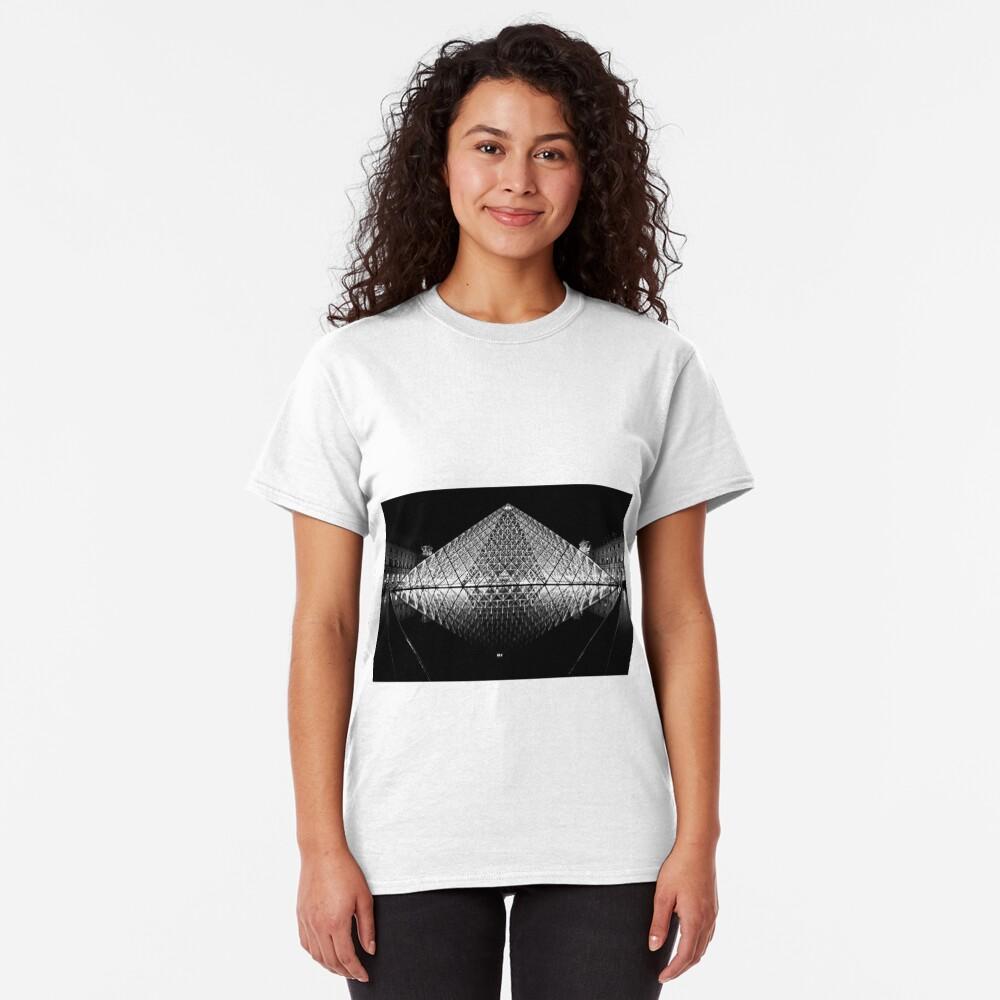The Louvre, Paris Classic T-Shirt
