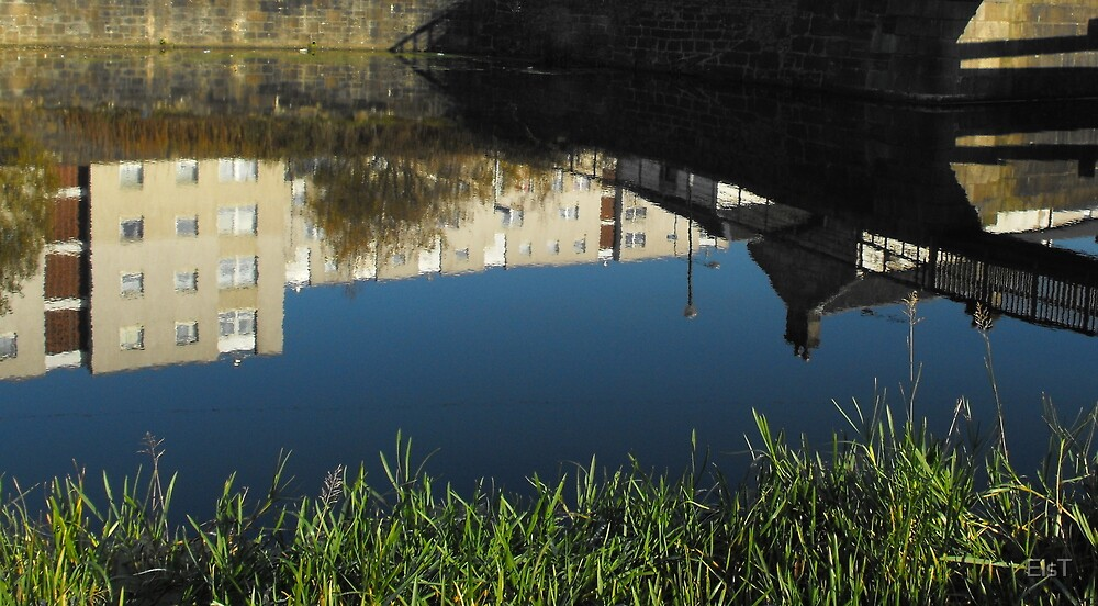 Maryhill, Glasgow, reflection challenge by ElsT