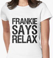 Camiseta entallada Frankie dice relajarse