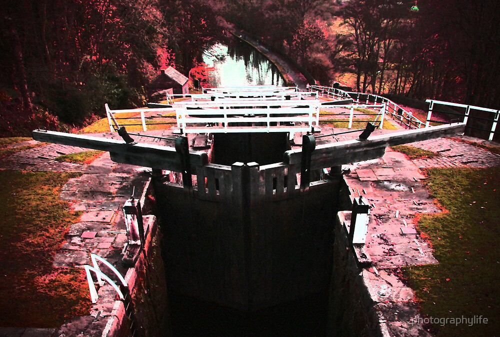 FIve Rise Locks by photographylife