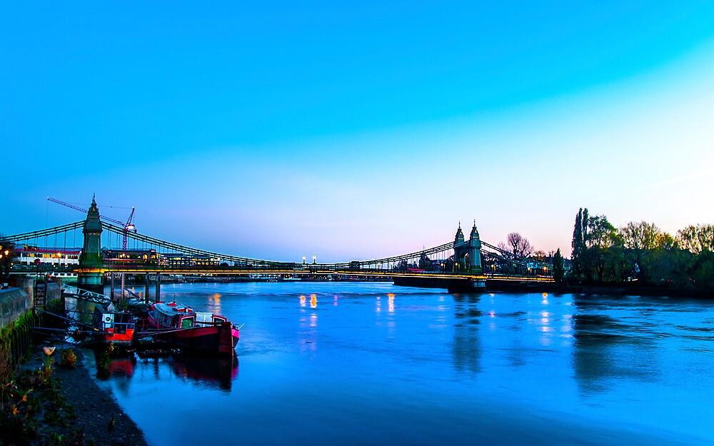 Hammersmith Bridge at Dusk by ChrisdMRF
