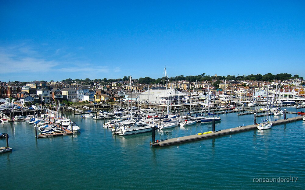 The marinas and boatyards of Cowes.3 by ronsaunders47