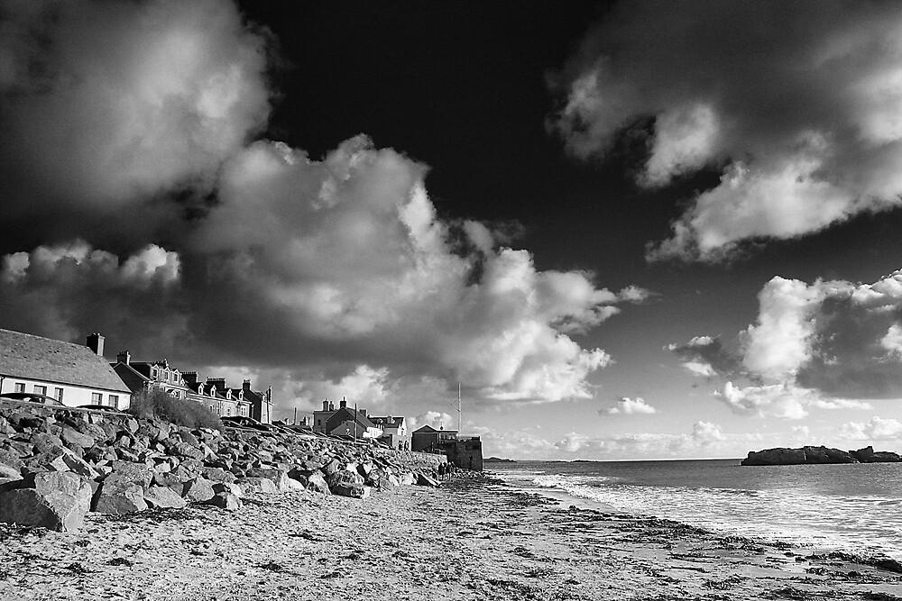 Marazion beach by NigelWoodPhotos