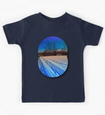 Traces on a winter hiking trail Kids Tee