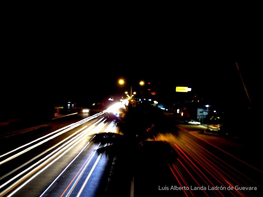 6 Seconds of Nightlife by Luis Alberto Landa Ladron de Guevara