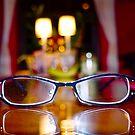 Mes lunettes sur ma table de cuisine by Daniel Sorine