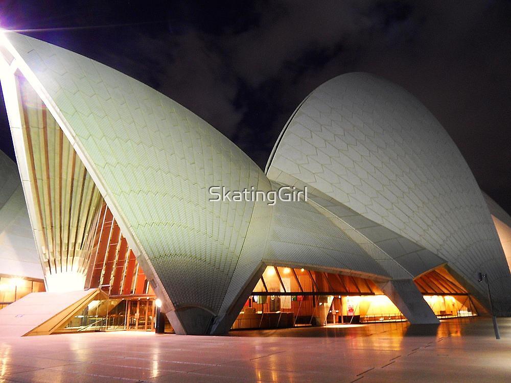 Sydney Opera House by SkatingGirl