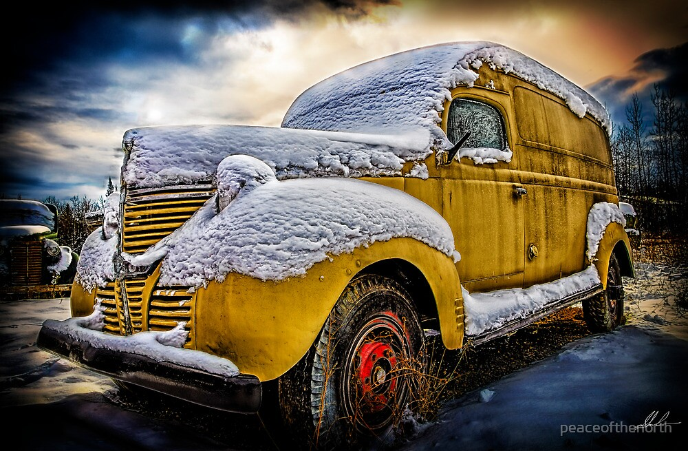 Old Panel Van HDR by peaceofthenorth