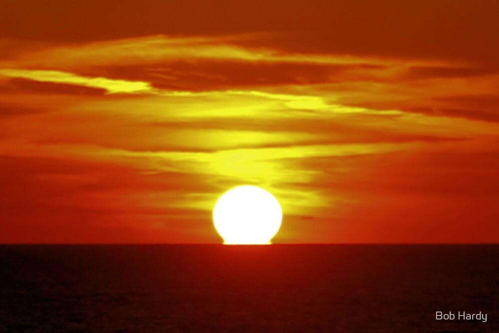 Sun Ball Setting by Bob Hardy