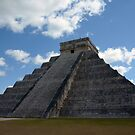 Chichen itza by Klaus Bohn