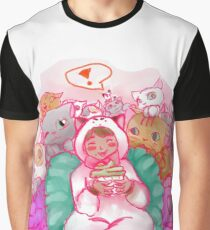 Snack time! Graphic T-Shirt