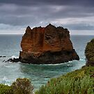 Eagle Rock - Great Ocean Road by kcy011