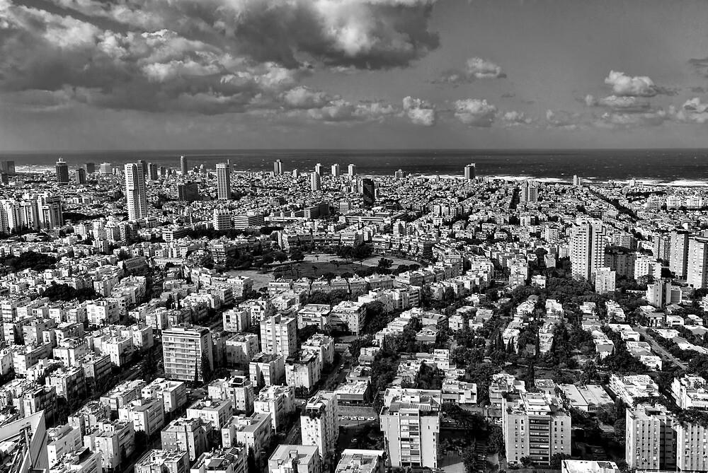 Tel Aviv center in black and white by Ronsho
