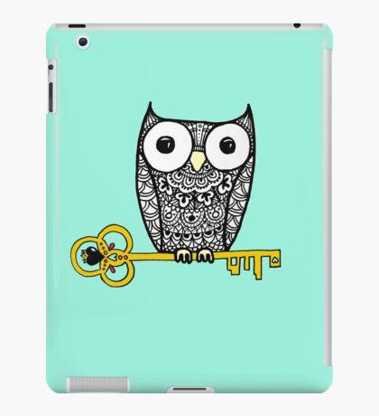 iPad Owl and Key iPad Case/Skin