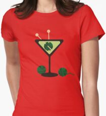 Martini glass knitting needles yarn T-Shirt