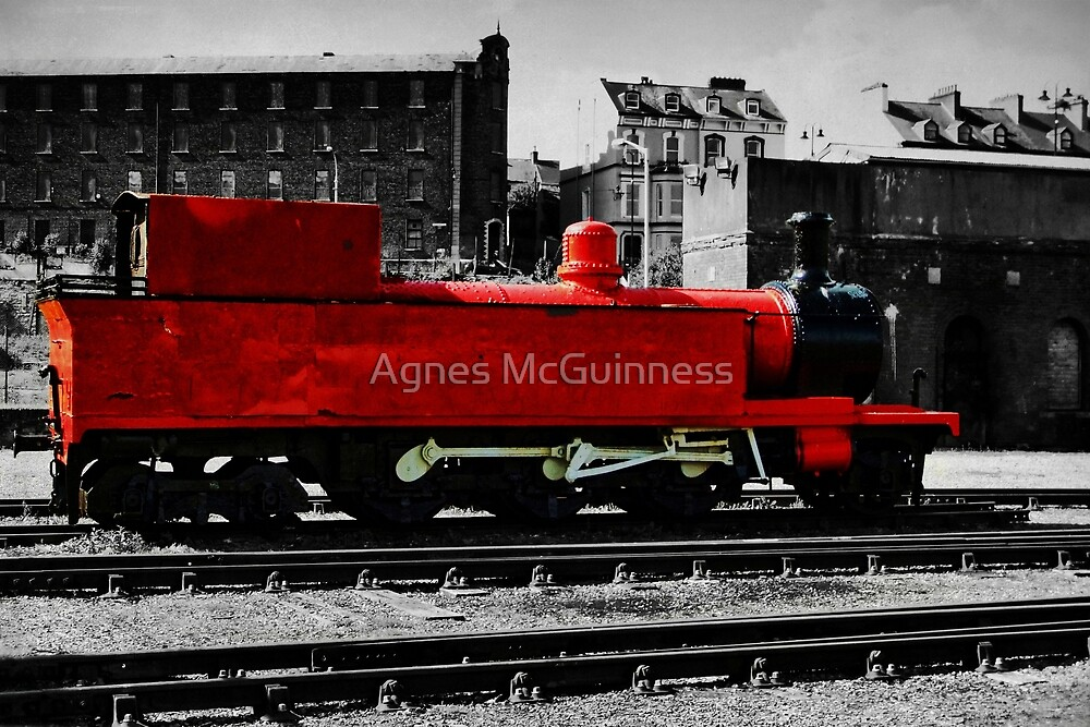 The little red engine by Agnes McGuinness