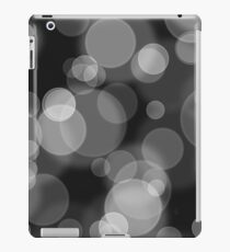 Black and White Bubbles iPad Case/Skin