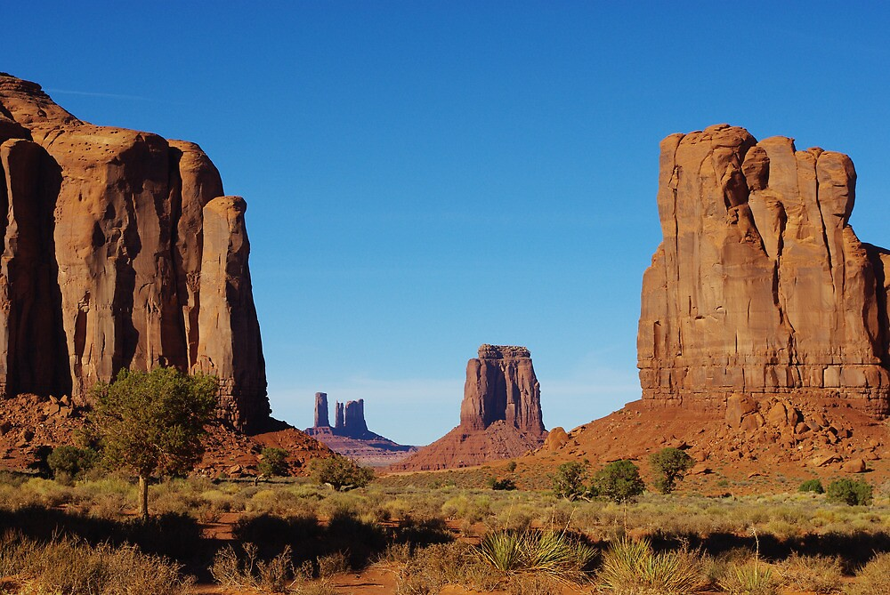 Spectacular Monument Valley by Claudio Del Luongo