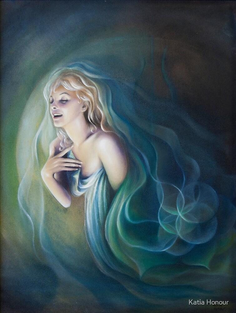 Luna by Katia Honour