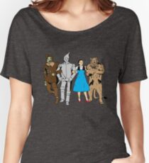 Why does the scarecrow keep saying 'brains'?! Women's Relaxed Fit T-Shirt