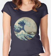 Große Welle vor Kanagawa-Kreis Tailliertes Rundhals-Shirt