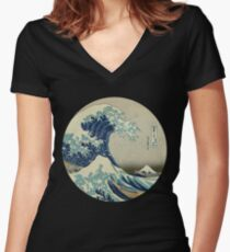 Great Wave off Kanagawa circle Women's Fitted V-Neck T-Shirt