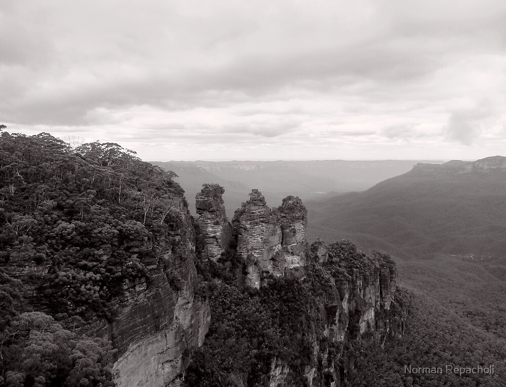 The Three Sisters - NSW - Australia by Norman Repacholi