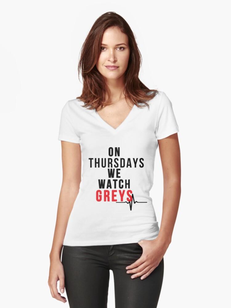 Camisetas de cuello en V entalladas para mujer «Los jueves vemos los ...