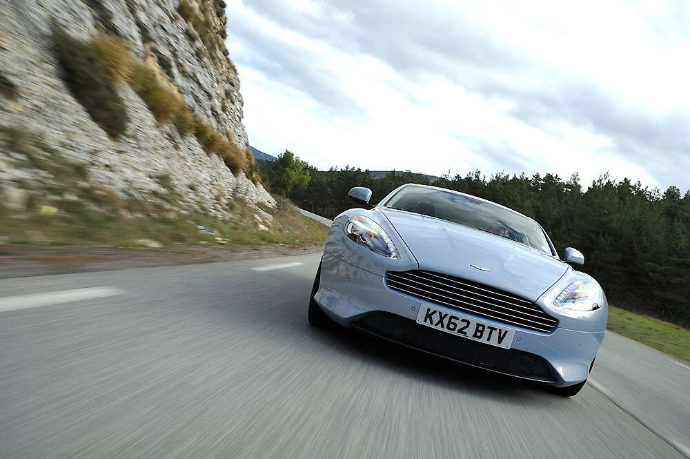 The new Aston Martin DB9 by M-Pics