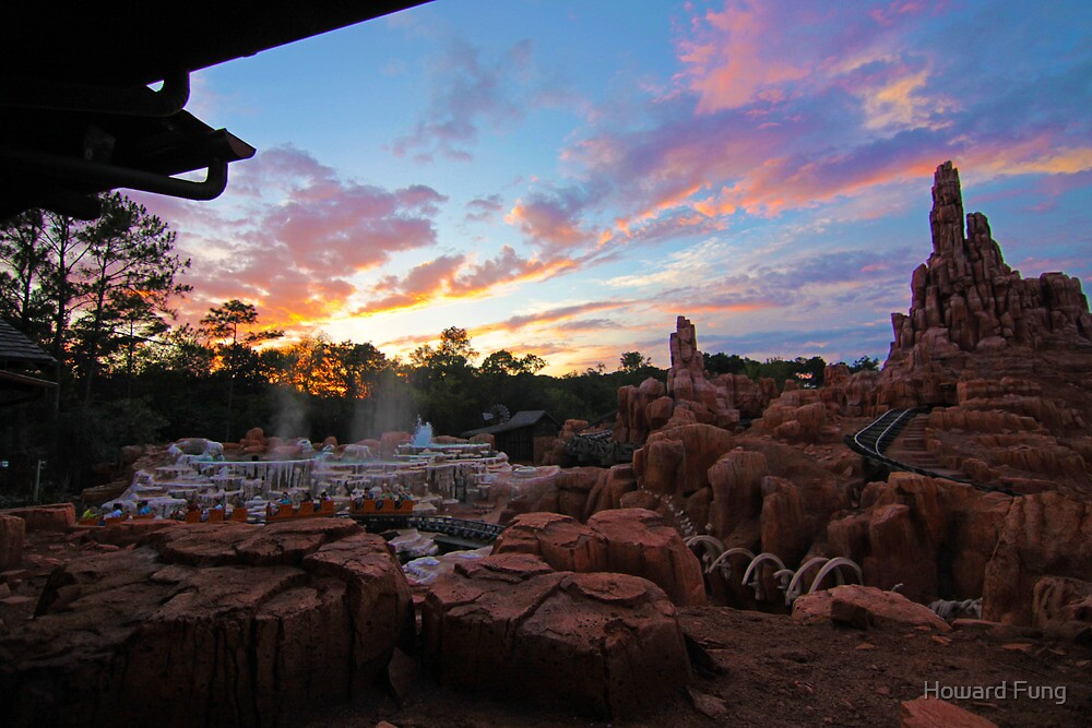 Thunder Mountain Sunset by Howard Fung
