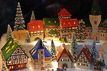 Miniature winter village by Arie Koene