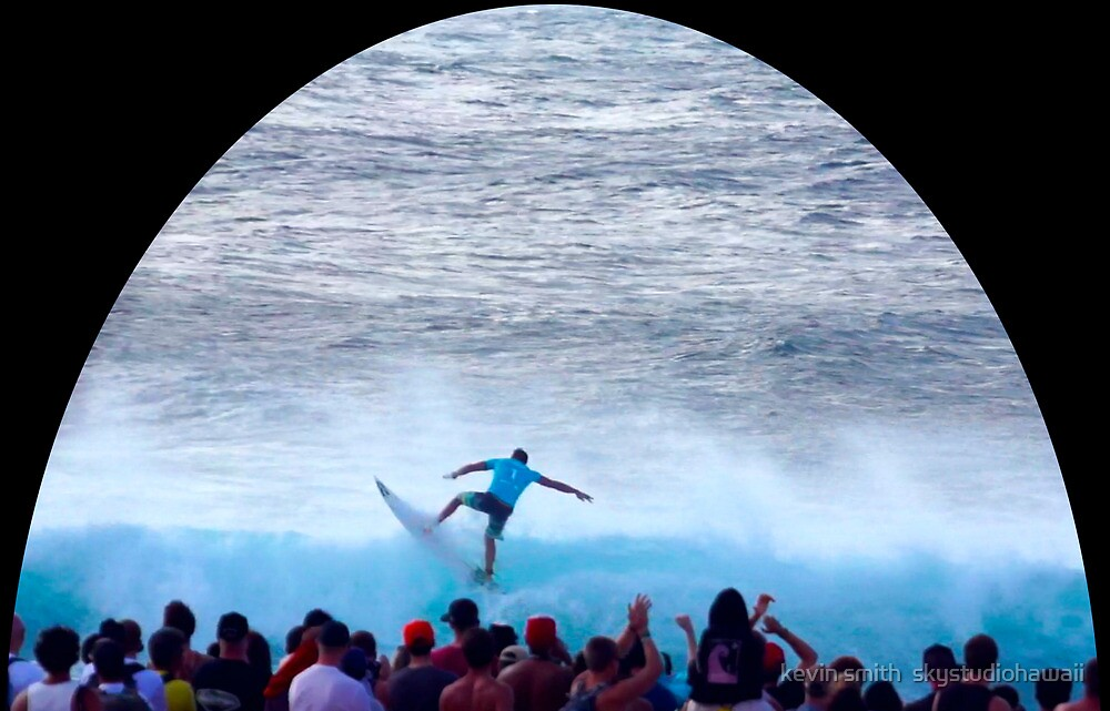 Parko's Pipeline Power Pullout  by kevin smith  skystudiohawaii