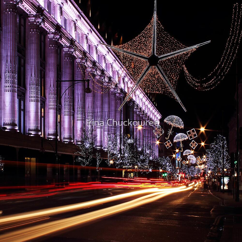 Christmas Day. London, Oxford St. by Irina Chuckowree
