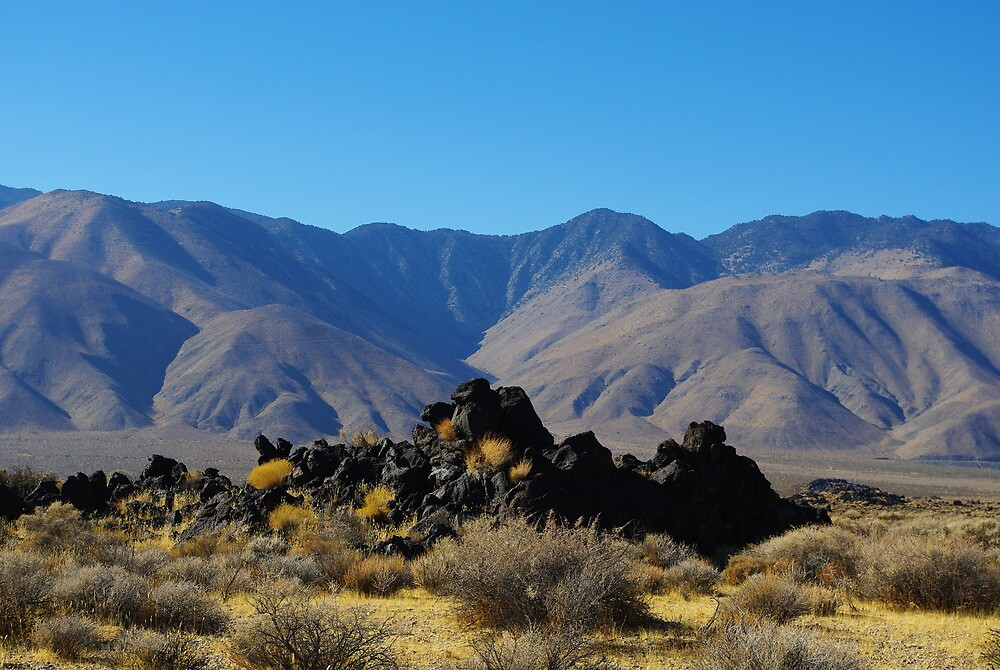 Volcanic rocks and mountains by Claudio Del Luongo