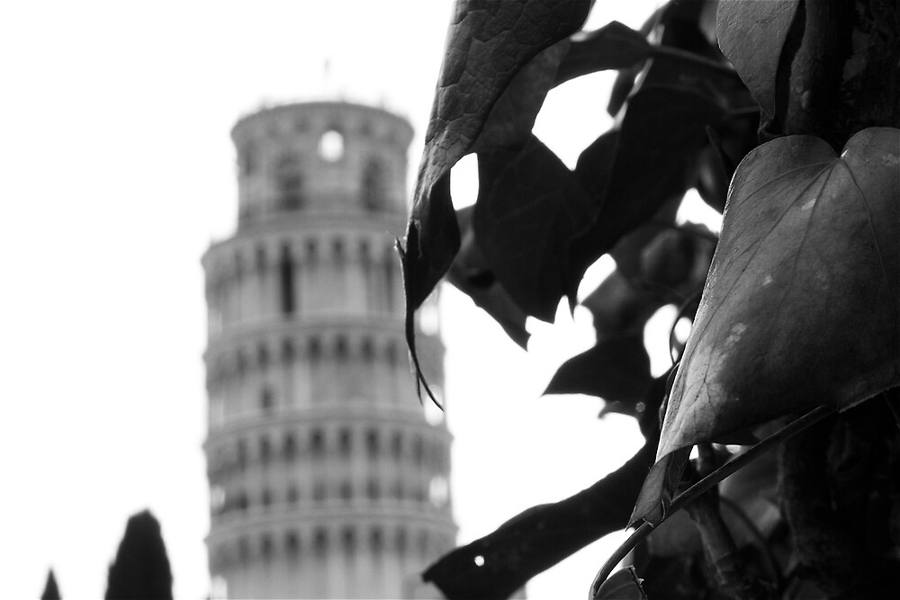 Mirage of the Leaning Tower by peestols