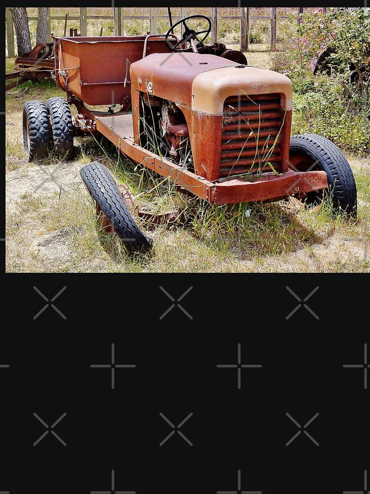 Old Farm Vehicle with Tire Off von marthahs