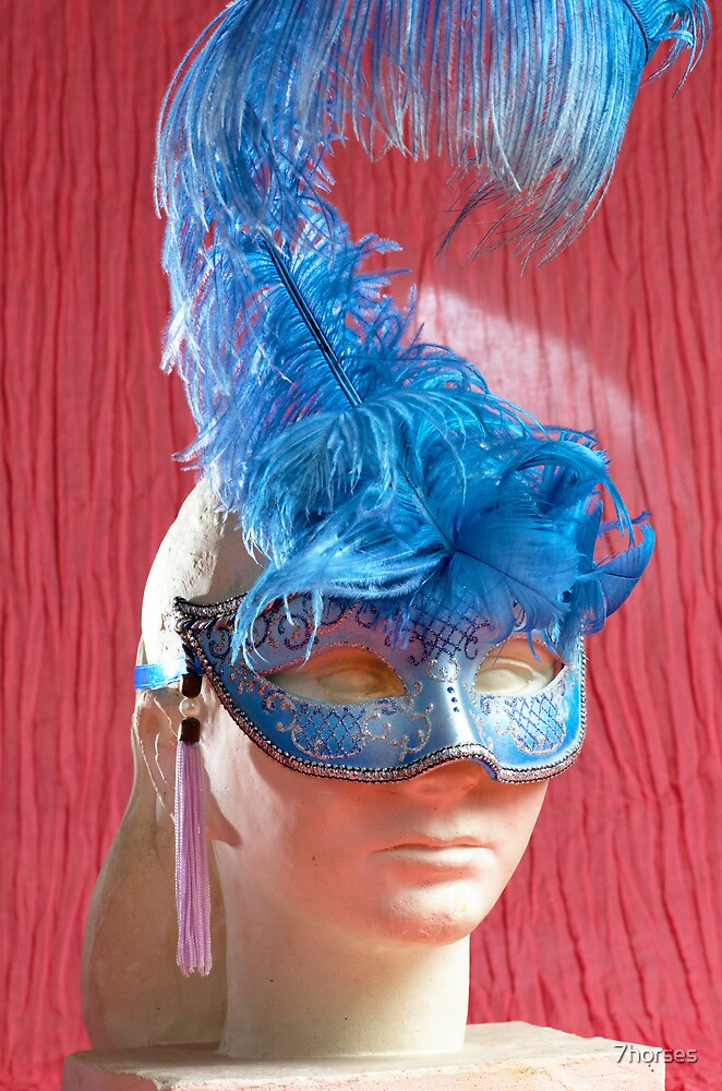 Woman sculpture with blue venetian mask by 7horses