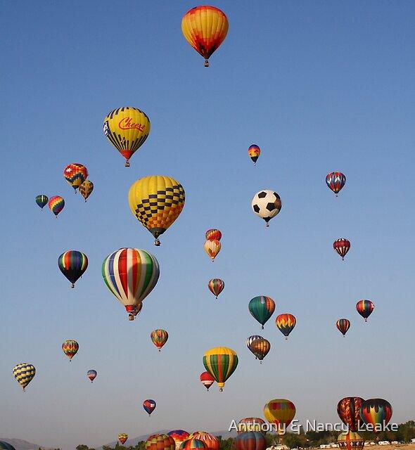 Great Reno Balloon Race,Reno Nevada USA by Anthony & Nancy  Leake