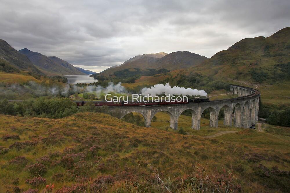 Glenfinnan Viaduct by Gary Richardson