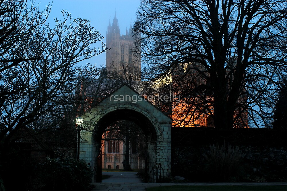 Misty View From The Garden - Canterbury Cathedral by rsangsterkelly