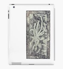 Hydra and the City iPad Case/Skin