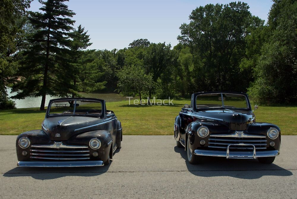 1947 Ford V8 Super De Luxe Convertible Twins by TeeMack