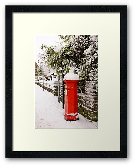 English Post box by Martin Berry Photography