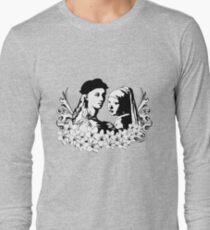 Loving is an art Long Sleeve T-Shirt