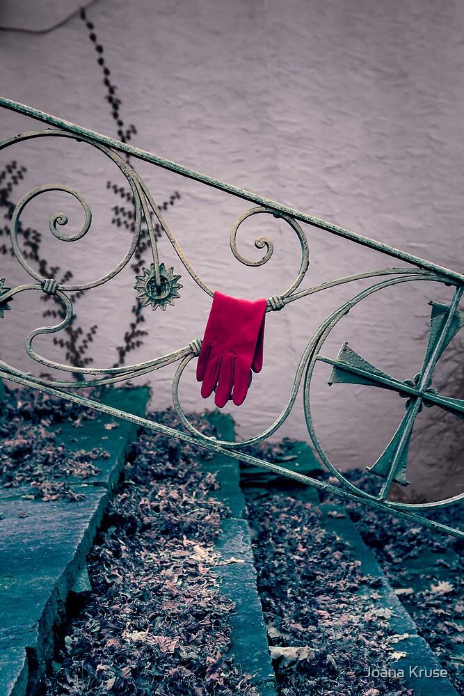 red glove by Joana Kruse
